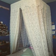 DIY Bed Canopy Chic Shop, Diy Bed, Country Chic, Canopy, Curtains, Beautiful, Home Decor, Blinds, Decoration Home