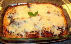 Enkel og god kyllingform med tomatsaus og ost!