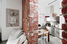Studio apartment in Milan of 30 squaremeters with industrial style, designed for a single who travels often for work