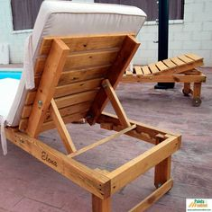 59 Super ideas for patio furniture lounge pools Pallet Patio Furniture, Pool Furniture, Furniture Projects, Pallet Walls, Pallet Tv, Pool Chairs, Outdoor Chairs, Adirondack Chairs, Lounge Chairs