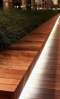 grassen en mooie verlichting, dat vind ik erg mooi