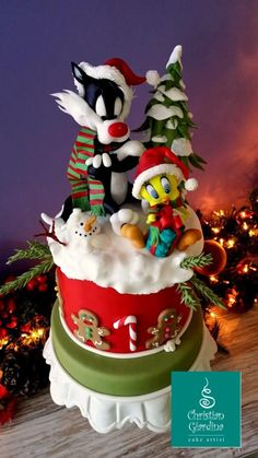 """Meowy Christmas, folks!"" - Cake by Christian Giardina. Sylvester & Tweety."
