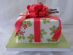 Holly Christmas Cake ~ all edible