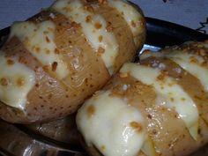 Receita de batata recheada com maionese e alho - Show de Receitas