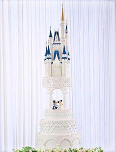 Amazing Disney Wedding Cake | FollowPics