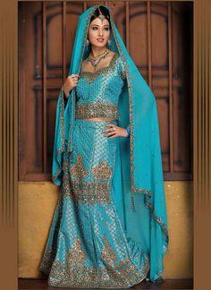 2011-Bollywood-Ghagra-Choli-Fashion6.jpg (800×1100)