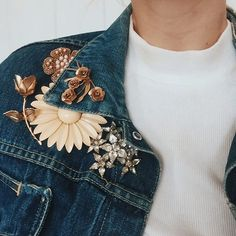 Updated my very old thrifted denim jacket with these vintage brooches. In this case, I'm a firm believer that more is more