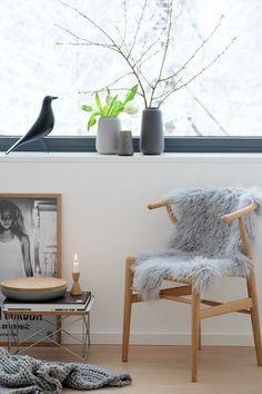 Großzügig, offen und voller Design: Wir sind heute zu Besuch bei Kerstin S. im Allgäu! Vor acht Jahren hat sich die heute 41-Jährige mit ihrem Mann den Traum vom eigenen Haus erfüllt.