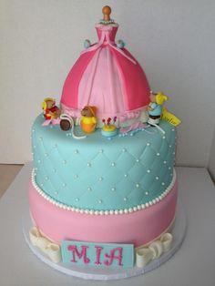 Cinderella cake <<<< Cinderella themed wedding shower( sex inside with m& ms Fancy Cakes, Cute Cakes, Beautiful Cakes, Amazing Cakes, Fondant Cakes, Cupcake Cakes, Birthday Cake Girls, Birthday Ideas, Disney Cakes