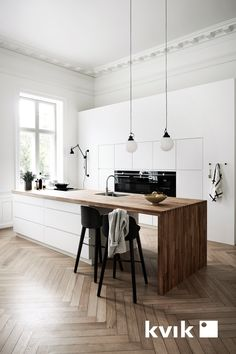 17 ideas wood kitchen design home decor for 2019 Kitchen Tiles, Kitchen Flooring, Kitchen Countertops, Kitchen Furniture, Kitchen Interior, New Kitchen, Kitchen White, Kitchen Wood, Kitchen Modern