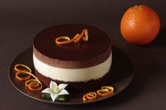 pastel de chocolate con mousse de naranja Sweet Life, Chocolate Cake, Panna Cotta, Cheesecake, Ethnic Recipes, Food, Cakes, Chocolate Cobbler, Pastries