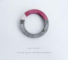 How cool! Did you know that you can make a colorblocked CONCRETE bracelet?! {via @Francesca Stone} /ES