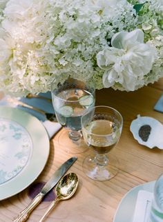 etched glassware | Katie Stoops #wedding