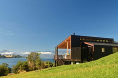 Galería de Dos Casas en Lago Ranco / Cavagnaro Rojo Arquitectos - 1