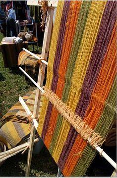 Iniciando el tejido en el telar