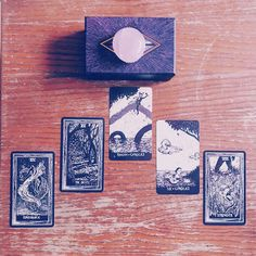 Tarot – Remove your googles spread – Tirada despréndete de las gafas del miedo