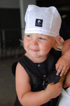 Safespot fra HOISK og Johan Verde — HOISK Unfold #HOISK #safespot #johanverde #designerjohanverde #DOGA Origami Bag, Baseball Hats, Baby, Fashion, Product Design, Baseball Caps, Moda, Fashion Styles, Caps Hats