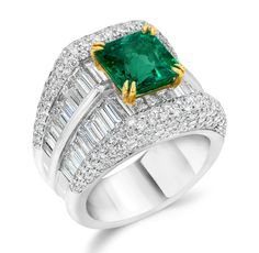 Cellini Jewelers Emerald & Diamond Ring