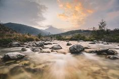 A landscape scene focusing on soft misty flowing river - golden spiral vs rule of thirds Rules Of Composition, Photo Composition, Crop Image, Simple Portrait, Rule Of Thirds, Golden Ratio, Desktop Pictures, Travel Images, Great Photos