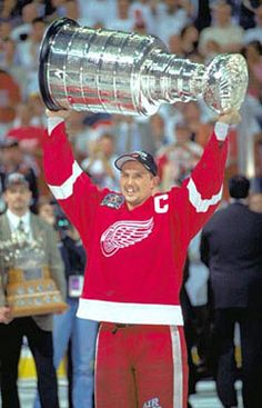 1998- Steve Yzerman(Detroit Red Wings)