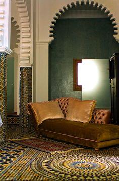 Zona de estar en la Suite Aicha de Blanco Riad, Tetuán, Marruecos (Maroc, Morocco)