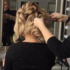 Make up& Hair  by me #art4studio #trucco #hair #hairstyle #wedding #makeup #weddingidea #acconciatura #weddingstyle #bride #bridallook #bridalmakeup #bridalhairstyle #hairdo #hairstyle @hairstyle #brides #стилист #updo #свадебныйстилист #свадебныймакияж #свадебныепрически #макияж #прическа#beauty #vegas_nay @vegas_nay @hudabeauty #hudabeauty @styleartists #styleartists #makegirlz @makegirlz #wakeupandmakeup @wakeupandmakeup @hair.videos #peinadosvideos @peinadosvideos