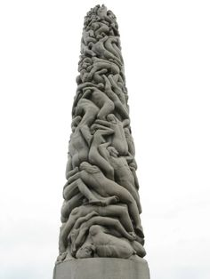 """Did you know that """"The Monolith"""", a 17 meter tall sculpture in the Vigeland park, Oslo, was made from one single granite block? 