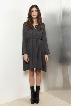 Grey Soft Wool Shirt Dress / D A T U R A
