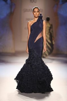 One shoulder ruffle gown: