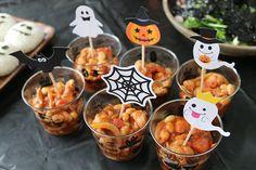 まっくろくろすけがいっぱい!モノトーンのおしゃれ可愛いハロウィンパーティー演出   Happy Birthday Project - Part 2 Halloween Food For Party, Menu, Party Ideas, Education, Craft, Greedy People, Menu Board Design, Fete Ideas, Ideas Party