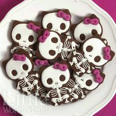 Cute Skeleton Cookies
