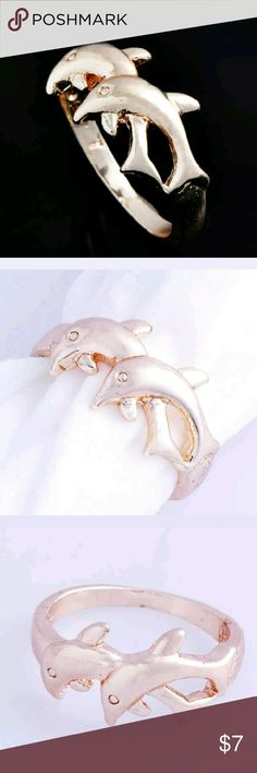 18K Gold Plated Size 7 Double Dolphin Ring Size seven, eighteen karat gold plated double dolphin ring. Jewelry Rings
