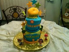 Topsie Turvy Cake, made by Pamela Gonzalez, if you need a specialty cake call me at 609-226-3423, thanks :)