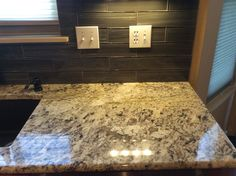 Ice Brown Granite, Norwalk Tile, Silgranit Sink   Cafe Brown