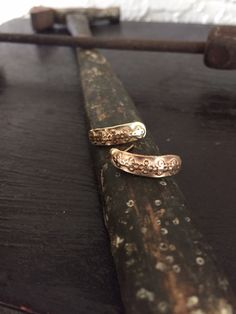 Ancient earrings in 14k yellow gold