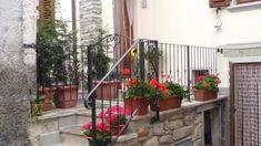 ► RINGHIERE in Ferro Battuto → Made in Italy con Realizzazioni Personalizzate! Spedizioni Gratis in Italia! info@martelliferrobattuto.com Via Rapezzi 21..Prato..0574 32382 #martelli_ferro_battuto #ferrobattuto #ferro #Martelli #martelliferrobattuto.com #artigianato #fattoamano #madeinitaly #realizzazionipersonalizzate #ringhiera #scala #spedizioniintuttoilmondo #wroughtiron #iron #handicrafts #Italy #personalizedcreations #handmade #railing #stairs #shippingthroughtworldwide