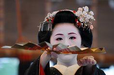 Wakana as maiko wearing katsuyama hairstyle for the Gion festival in July.