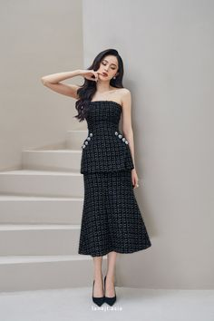 Classy Work Outfits, Chic Outfits, Dress Outfits, Fashion Dresses, Dress Up, Event Dresses, Day Dresses, Short Dresses, Tweed Outfit