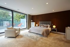 Nairn Road in Poole, United Kingdom. Luxury Real Estate for sale. Living Area, Living Spaces, Glass Balustrade, Kitchen Family Rooms, Property Prices, Wet Rooms, Double Bedroom, Construction, Design Awards