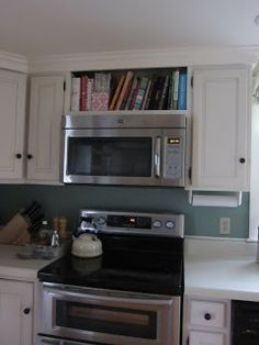 maybe our microwave could be done like this above the stove? remove all of the - Microwaves - Ideas of Microwaves - maybe our microwave could be done like this above the stove? remove all of the existing cabinet above. Microwave Above Stove, Microwave In Kitchen, Microwave Cabinet, Built In Microwave, Kitchen Redo, Kitchen Pantry, New Kitchen, Kitchen Storage, Kitchen Remodel