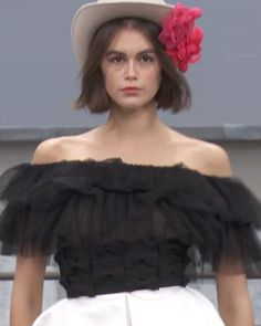 Black & White Embroidered Silk Organza Off Shoulder Mini Dress. Spring Summer 2020 Ready-to-Wear Collection. Runway Show by Chanel. Silk Organza, Silk Crepe, Black Satin, Black White, Haute Couture Fashion, Summer Outfits Women, Embroidered Silk, Pink Silk, Camellia