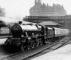 45727 Inflexible at Edinburgh Waverley on 1 June 1959 (photo by Coltas, courtesy of Mark A. Hoofe) copyright Simon Robinson.