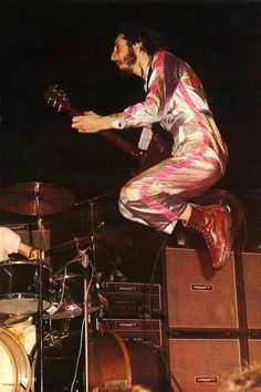 Pete Townshend, The Who. Wearing, appropriately, a jump suit. Miami by Larry Singer. Rock N Roll Music, Rock And Roll, Blue Soul, In The Air Tonight, John Entwistle, Keith Moon, Pete Townshend, Roger Daltrey, Major Tom