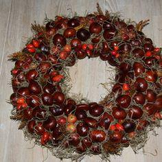 Diy Cadeau Noel, Christmas Wreaths, Holiday Decor, Home Decor, Birthday Wishes Funny, Decoration Home, Room Decor, Advent Wreaths, Interior Decorating