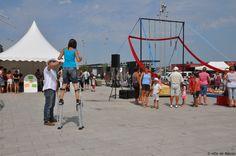 Et un dernier pour la route ! C'est l'été frappé à Mâcon avec les arts du cirque jusqu'au 28 août au soir, Esplanade Lamartine.
