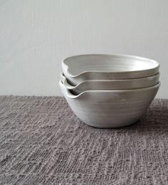 Pouring Bowl - White Stoneware Mixing Bowl, Batter Bowl, Rustic Kitchen Cooking £20.00