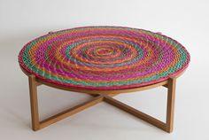 Mesa Mandala, de Claudia Moreira Salles, com centro trançado Foto: Mariana Chama