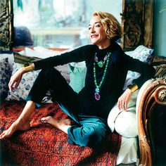 Loulou de la Falaise was a French icon and an enduring muse to Yves Saint Laurent. With her unstudied style and indefatigable spirit, she also represented everything that is brilliant about fashion. Looks Style, Style Me, Yves Saint Laurent, Hippie Man, Moda Vintage, Advanced Style, Glamour, Ageless Beauty, Mode Inspiration