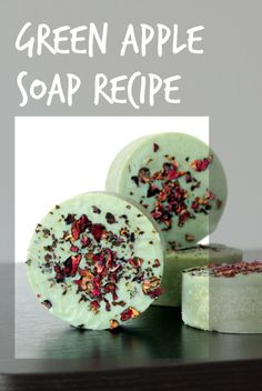 This homemade green apple soap recipe is made with real apple powder rich in alpha-hydroxy acids. This can help to improve the texture of dry & mature skin.