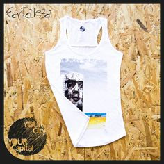 "Canotta DONNA ""Arte urbana em Fortaleza"" 16,90€  100% Cotone ring spun Ampio girocollo e orlo inferiore con doppie impunture, rifiniture di tendenza, cuciture laterali.  Vintage look... 100% Designed in Italy  -  Tank top WOMAN ""Arte urbana em Fortaleza"" 16,90€  100% ring spun cotton Wide crew neck collar and bottom hem with double topstitching. Trendy cut front & back yokes, side seams.  Vintage look... 100% Designed in Italy"
